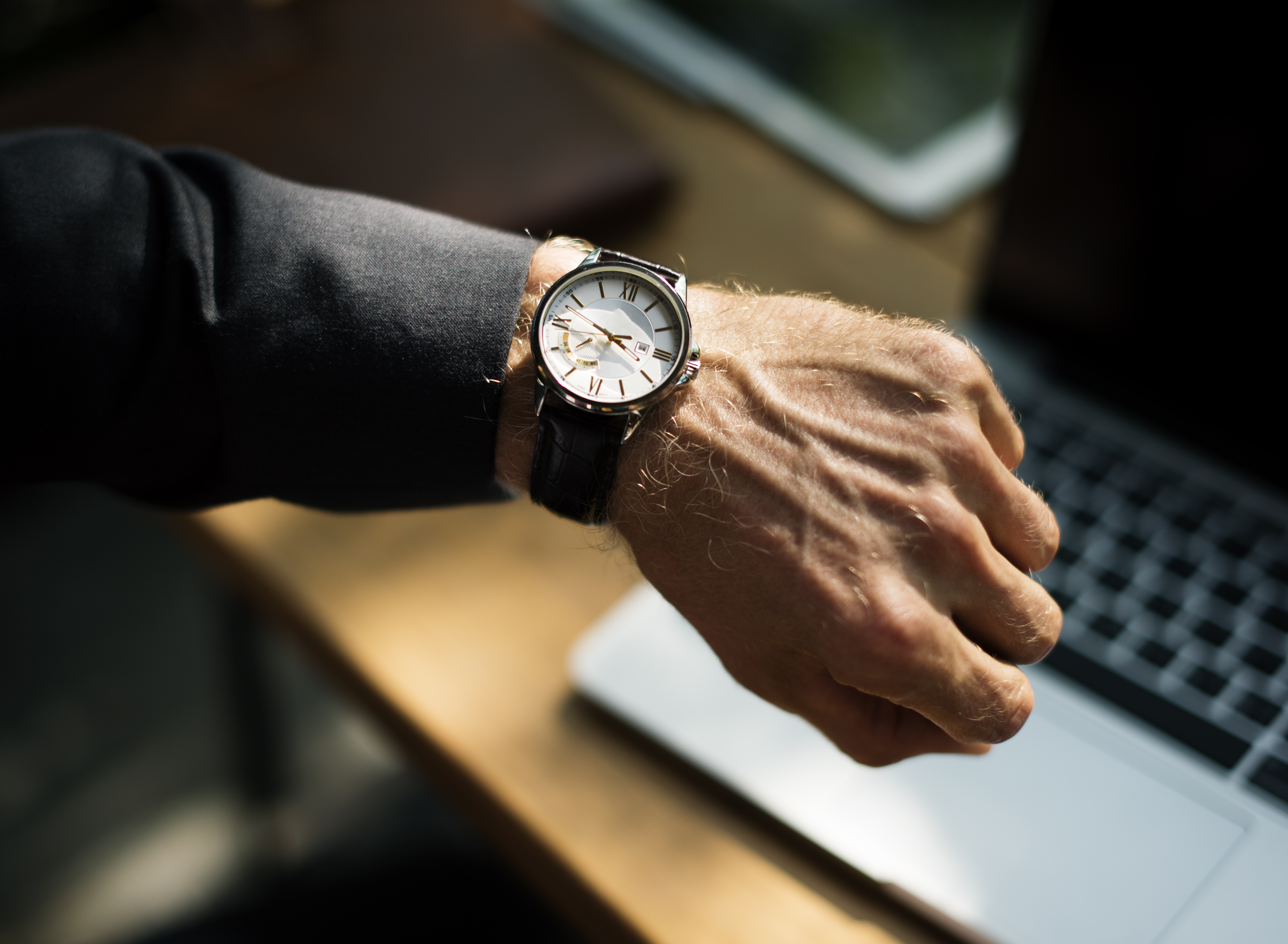 What the experts are saying about time management
